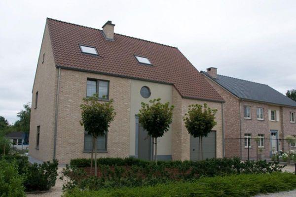 Einfamilienhaus H2 mit Klinker 103-165-WDF bronze, weiß nuanciert