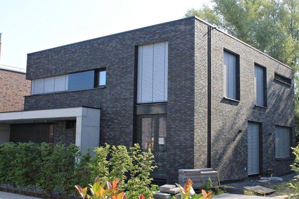Bauhaus / Einfamilienhaus Im Bauhausstil H2 mit Klinker 101-147-ModF grau - anthrazit