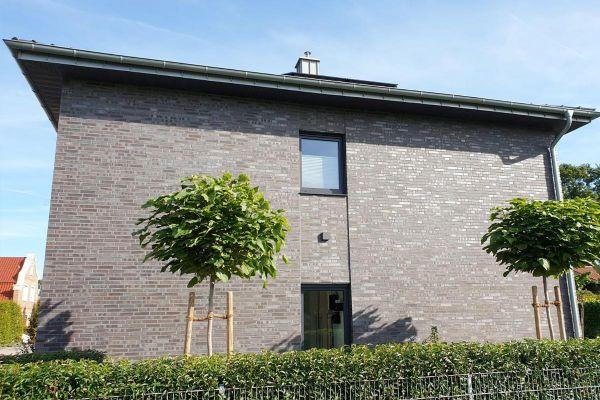 Große Stadtvila / Einfamilienhaus H3 mit Klinker 101-107-DF braun - grau - geflammt
