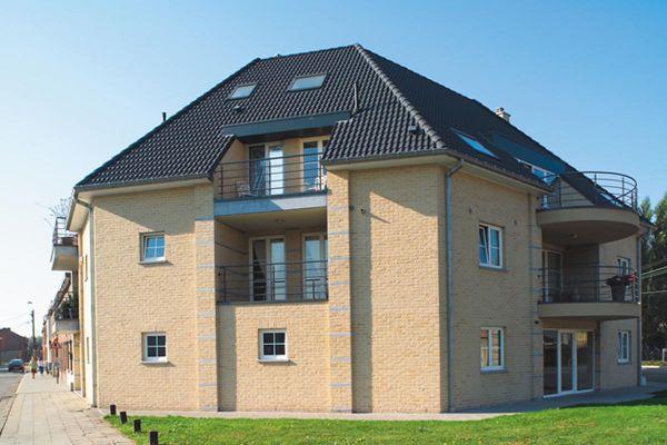 Mehrfamilienhaus H2 mit Klinker 103-110-WDF gelb-bunt