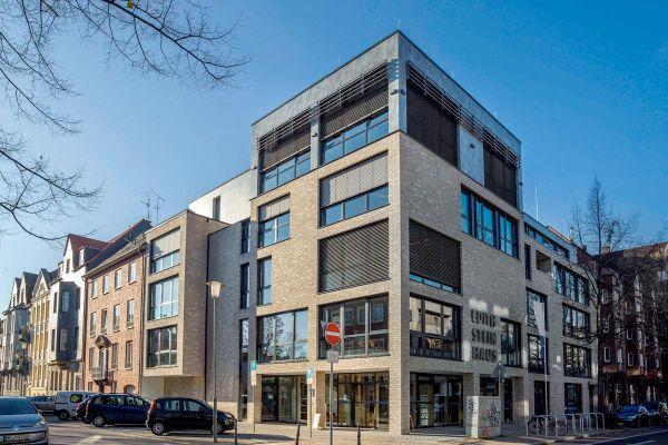 Mehrfamilienhaus / Bürogebäude H1 mit Klinker 103-201-NF hellgrau, gelb nuanciert