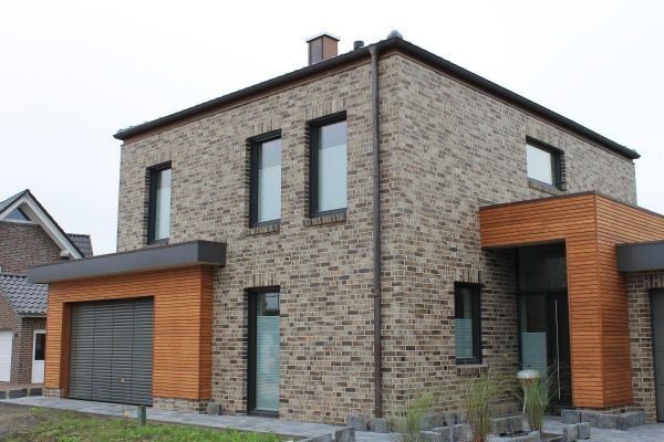 Stadtvila / Einfamilienhaus H1 mit Klinker 101-112-NF braun -grau -bunt
