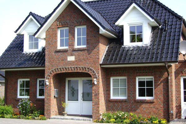 Einfamilienhaus / Landhaus H3 mit Klinker 104-105-NF rot-bunt