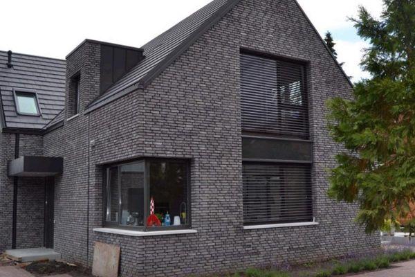 Einfamilienhaus H1 mit Klinker 103-157-WF grau, weiß nuanciert