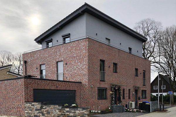 Einfamilienhaus Mit Pultdach H4 mit Klinker 101-117-NF rot - bunt
