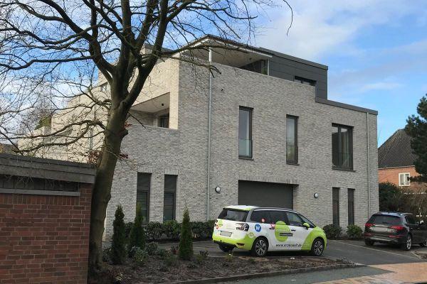 Einfamilienhaus Im Baushausstil H1 mit Klinker 102-133-DF grau