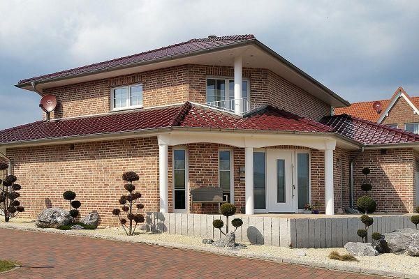 Stadtvilla H4 mit Klinker 104-108-NF rot-bunt