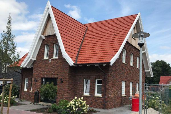 Einfamilienhaus / Landhaus H3 mit Klinker 104-104-NF rot-braun
