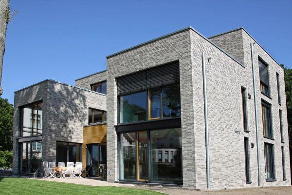 Bauhaus / Luxusvilla H1 mit Klinker 104-134-ModF grau-bunt