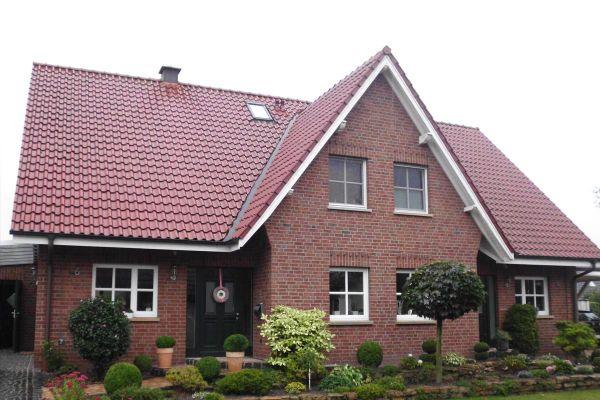 Einfamilienhaus H6 mit Klinker 104-103-NF rot-bunt