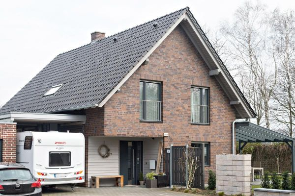Einfamilienhaus H2 mit Klinker 101-101-NF braun - bunt