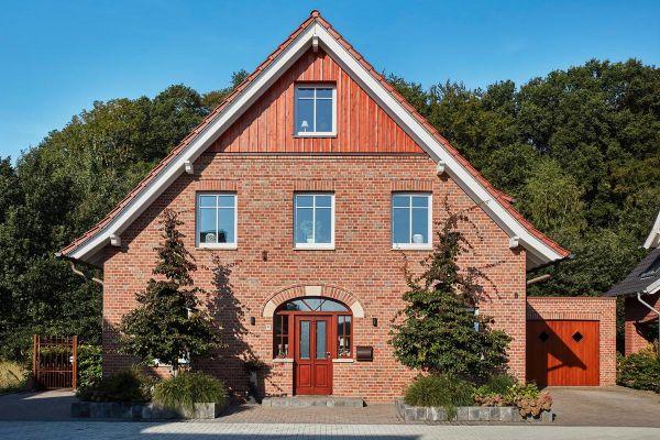 Landhaus H1 mit Klinker 111-101-NF rot-braun