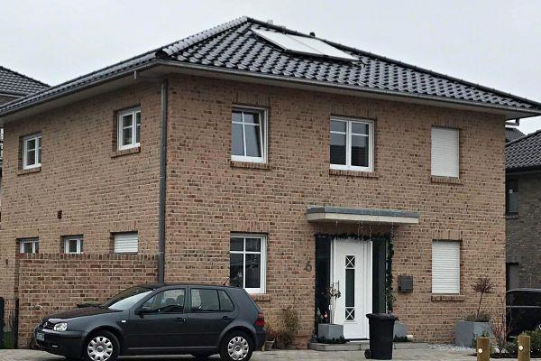 Stadtvilla H8 mit Klinker 104-108-NF rot-bunt