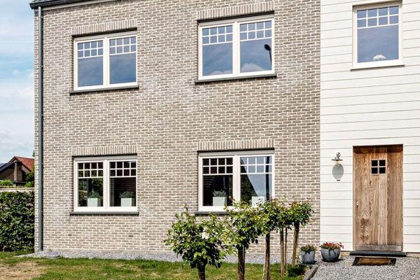 Mehrfamilienhaus H2 mit Klinker 103-161-WDF beige, weiß nuanciert