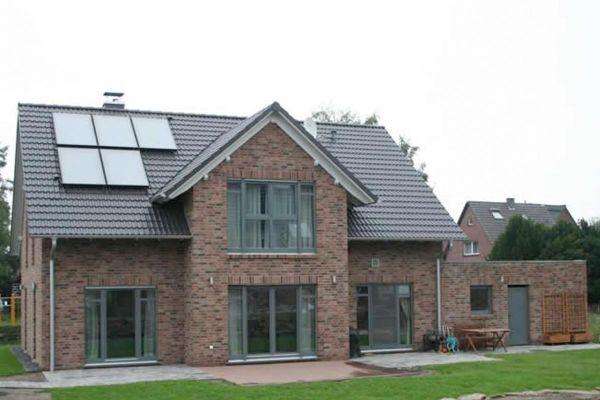 Einfamilienhaus H1 mit Klinker 103-192-WDF rot-braun