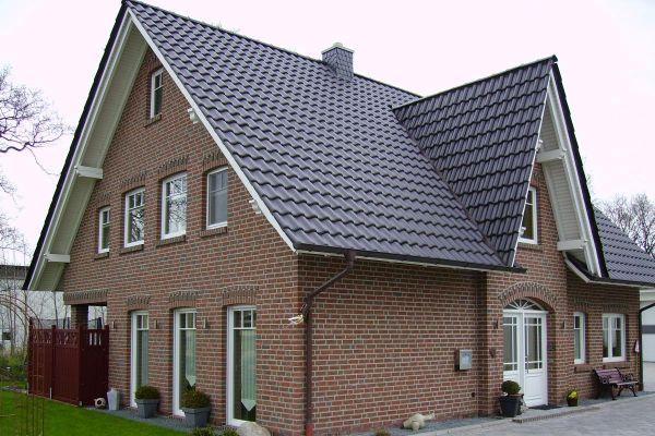 Einfamilienhaus H1 mit Klinker 104-111-NF rot-bunt