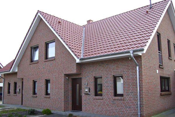 Einfamilienhaus H2 mit Klinker 104-111-NF rot-bunt
