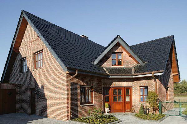 Einfamilienhaus H1 mit Klinker 102-103-NF rot -bunt