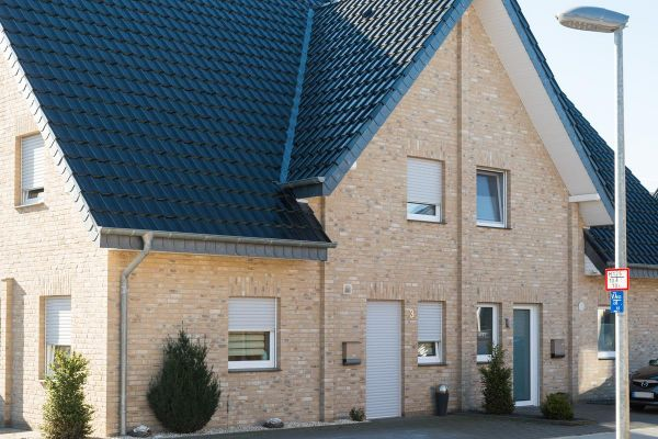 Einfamilienhaus H1 mit Klinker 103-113-WDF gelb-nuanciert