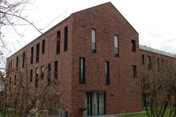 Bürogebäude H1 mit Klinker 101-138-NF rot -blau - bunt - Kohle