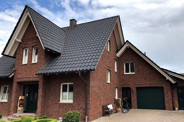 Einfamilienhaus / Landhaus H9 mit Klinker 104-105-NF rot-bunt