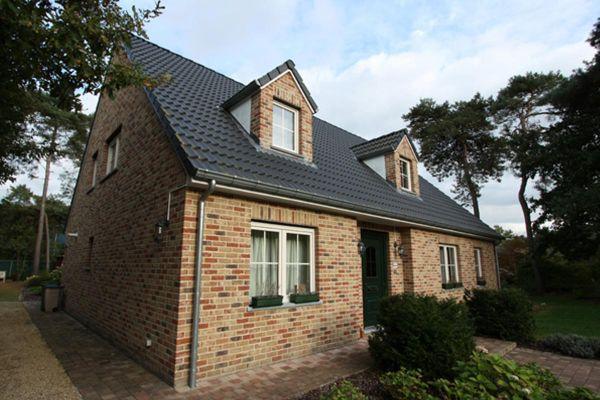 Einfamilienhaus H1 mit Klinker 103-105-WDF braun-rot