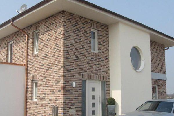 Stadtvilla H1 mit Klinker 103-137-NF braun-bunt