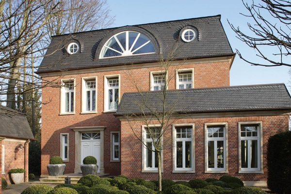 Einfamilienhaus H1 mit Klinker 102-120-NF rot-bunt