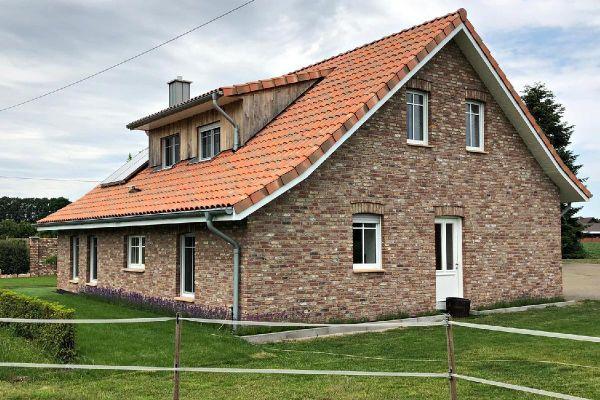 Landhaus H1 mit Klinker 103-111-WDF rot-bunt