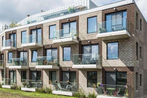 Mehrfamilienhaus mit Klinker 103-118-WDF braun-bunt