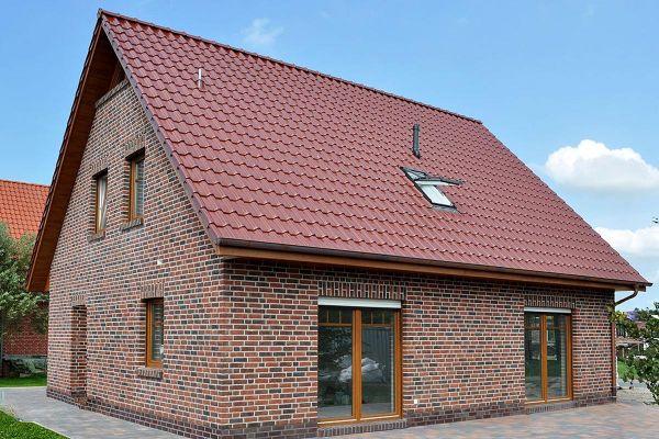 Einfamilienhaus H1 mit Klinker 104-104-NF rot-braun