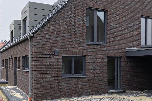 Mehrfamilienhaus H2 mit Klinker 101-108-NF braun - grau - geflammt