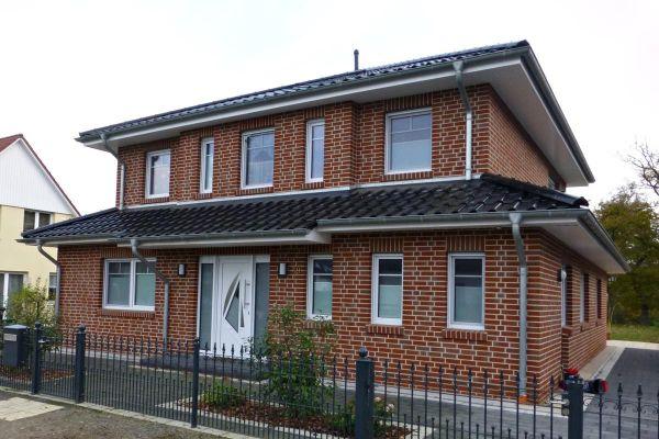 Einfamilienhaus H3 mit Klinker 101-120-NF rot - bunt - geflammt