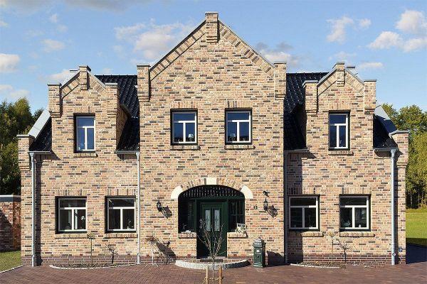 Stadtvilla H1 mit Klinker 104-109-NF rot-bunt