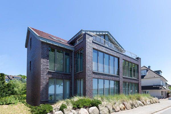 Bürogebäude H1 mit Klinker 101-113-NF rot -blau -bunt