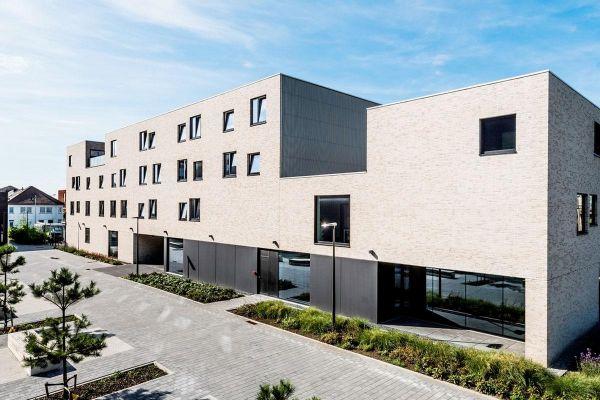 Mehrfamilienhaus H1 mit Klinker 103-144-WF weiß-grau