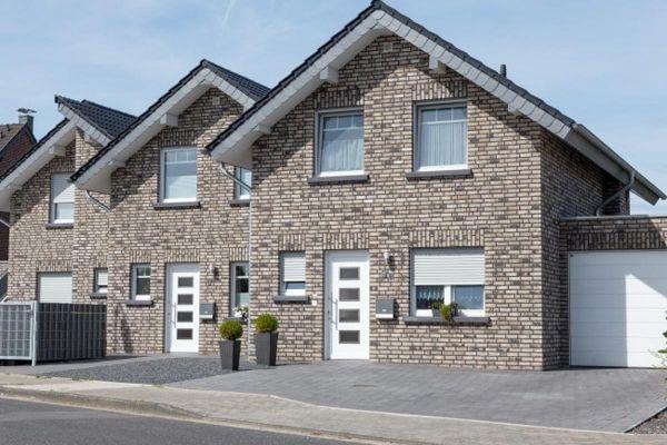Mehrfamilienhaus H2 mit Klinker 103-123-WDF grau-bunt
