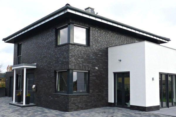 Stadtvilla H5 mit Klinker 101-126-NF schwarz - blau - Kohle