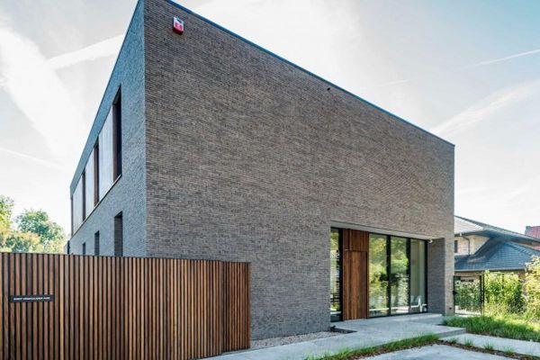 Bauhaus / Luxusvilla  H2 mit Klinker 103-158-WF grau-braun