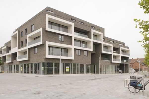 Bürogebäude H2 mit Klinker 103-119-WDF braun-nuanciert