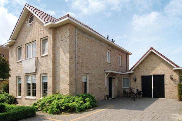 Einfamilienhaus / Stadtvilla  H1 mit Klinker 103-104-WDF gelb-sandfarben