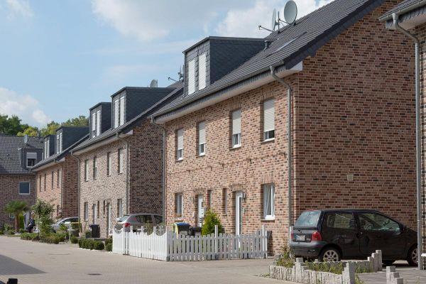 Mehrfamilienhaus mit Klinker 103-116-WDF braun-bunt
