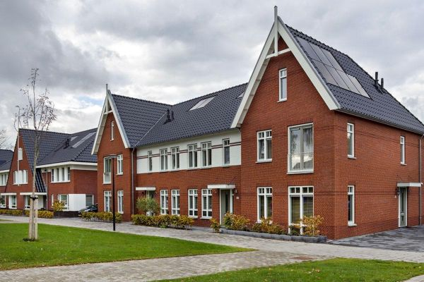 Mehrfamilienhaus H2 mit Klinker 103-120-WDF rot-bunt
