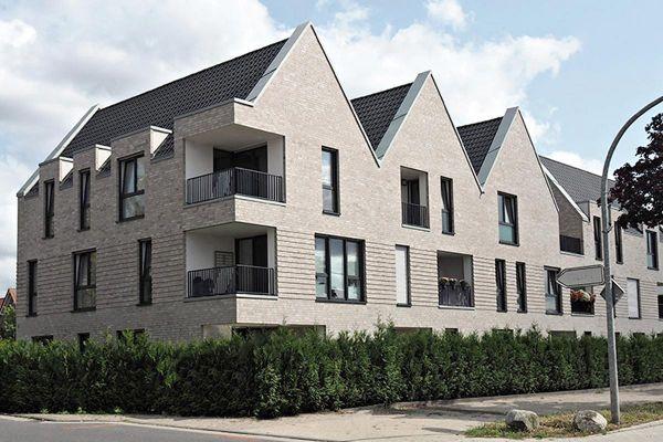 Großes Mehrfamilienhaus H2 mit Klinker 101-139-NF beige - grau