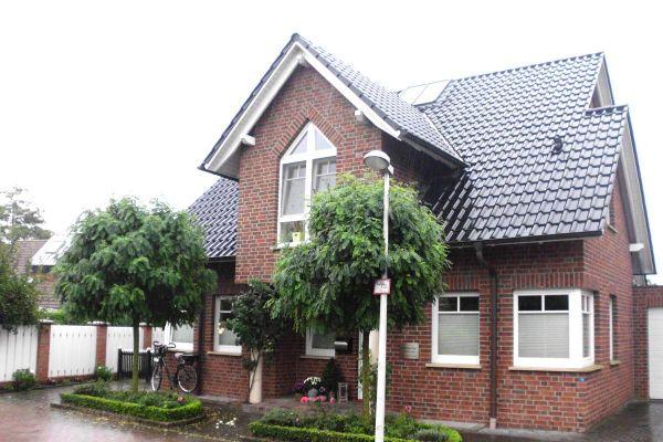 Einfamilienhaus H5 mit Klinker 104-105-NF rot-bunt