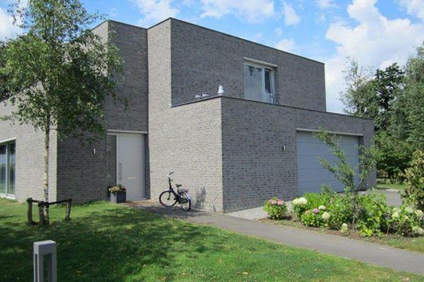 Bauhaus H3 mit Klinker 103-157-WF grau, weiß nuanciert