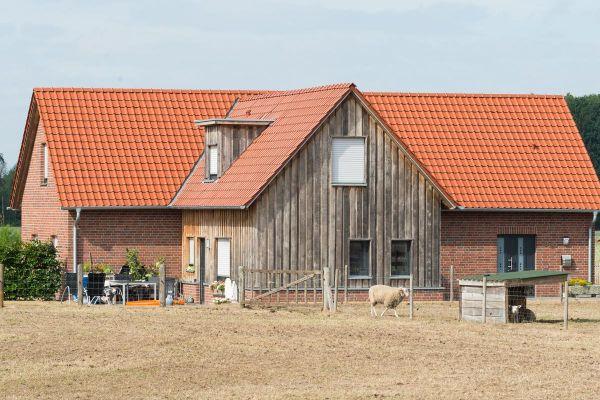 Einfamilienhaus H1 mit Klinker 102-119-NF rot-braun-Kohle