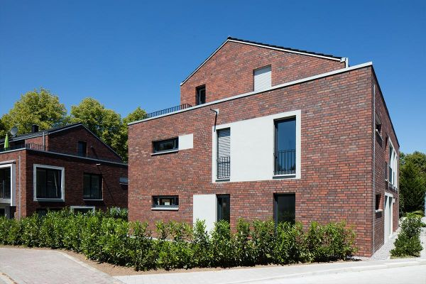 Mehrfamilienhaus H1 mit Klinker 102-116-NF braun-rot