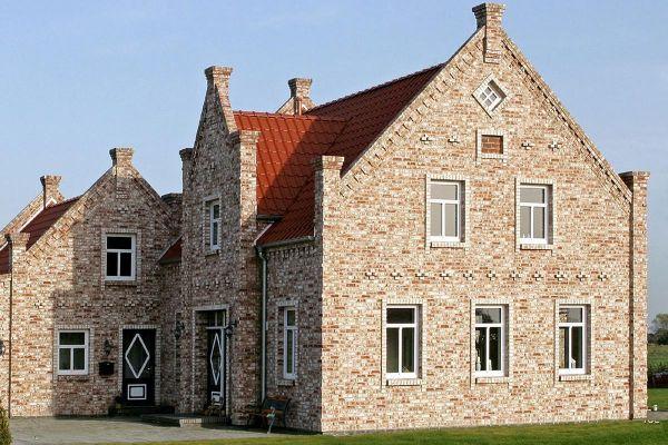 Einfamilienhaus / Stadtvilla H1 mit Klinker 104-112-NF braun-weiß