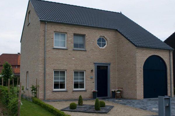 Einfamilienhaus mit Klinker 103-165-WDF bronze, weiß nuanciert